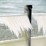 img_0366-ice-on-charlotte-pier