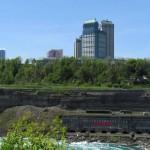 img_4674-niagara-falls-canada-skyline