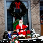 Another neighbor all decked out for Christmas - 12/25/12